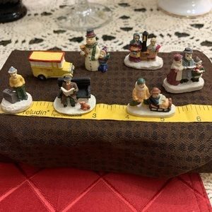 7 Mini Christmas village items
